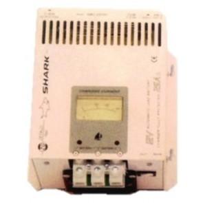 Zetagi Caricabatterie a Trasformatore per Uso Nautico 14,3V 25A, 2 Uscite
