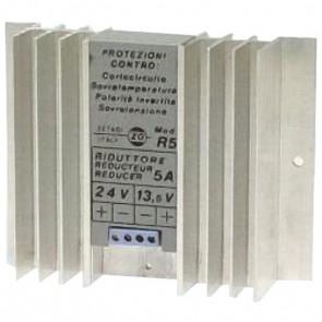 Zetagi Riduttore di Tensione da 24V a 12V 5A Autoprotetto